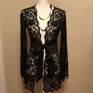 Gorgeous Cabi lace jacket